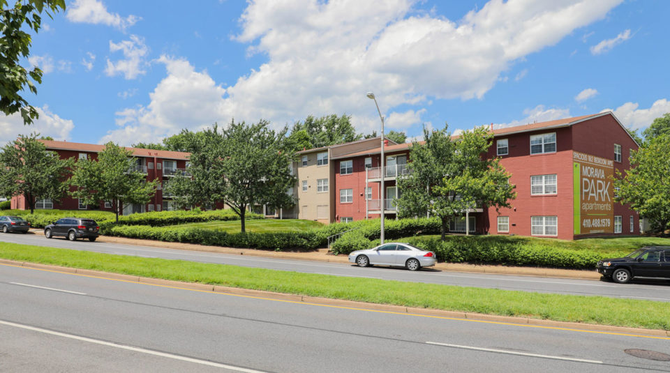 Cheap One Bedroom Apartments In Baltimore County Moravia Park Apartments Minutes From Downtown